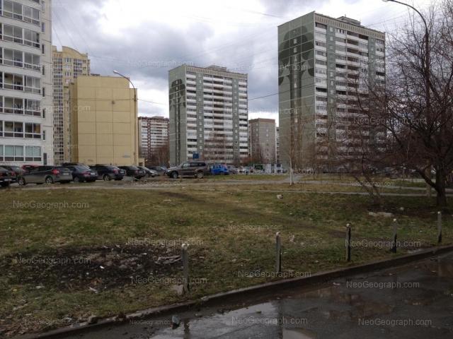 Адрес(а) на фотографии: улица Готвальда, 21/3, 23/1, 23/2, Екатеринбург