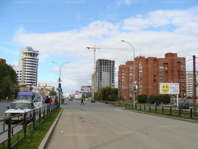 Адрес(а) на фотографии: улица Шейнкмана, 100, 104А, Екатеринбург