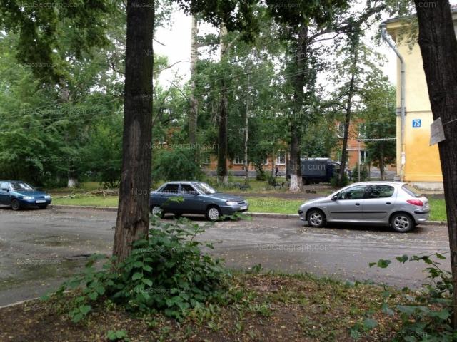 Адрес(а) на фотографии: улица Калинина, 73, Екатеринбург