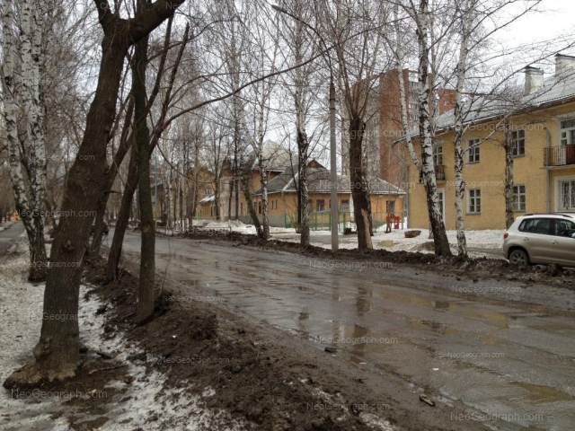 Адрес(а) на фотографии: улица Энтузиастов, 18, 20, Екатеринбург
