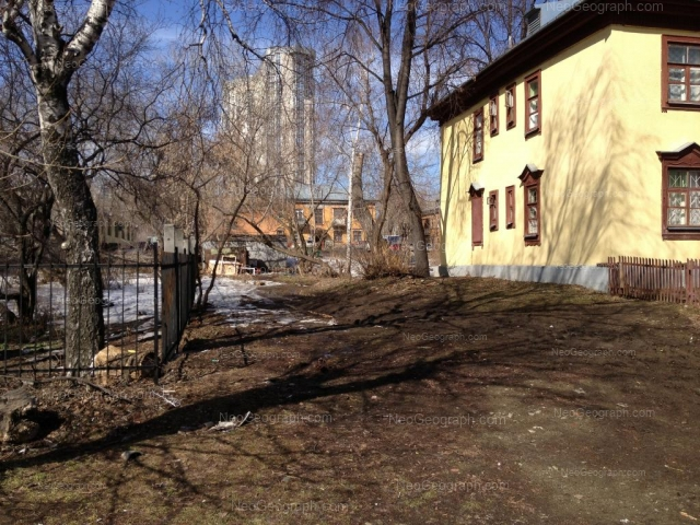 Адрес(а) на фотографии: улица Папанина, 26А, Екатеринбург