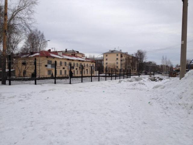 Адрес(а) на фотографии: Расточная улица, 33, 35, Екатеринбург
