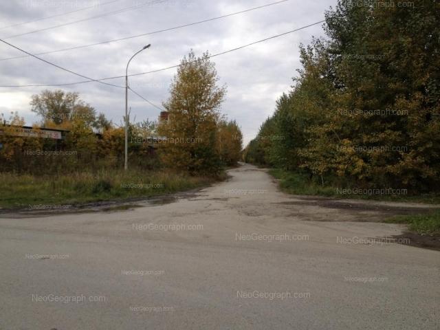 Адрес(а) на фотографии: улица Летчиков, 8А, 10А, Екатеринбург