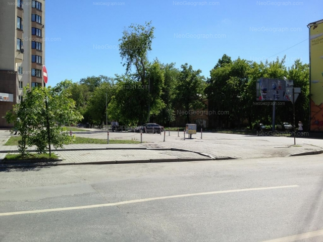 Адрес(а) на фотографии: улица Сакко и Ванцетти, 47, 55, Екатеринбург