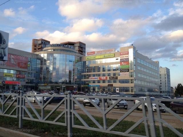Адрес(а) на фотографии: улица 8 Марта, 149, Екатеринбург