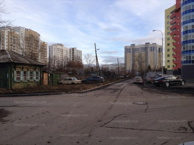 Адрес(а) на фотографии: улица Щербакова, 37, 39, Екатеринбург