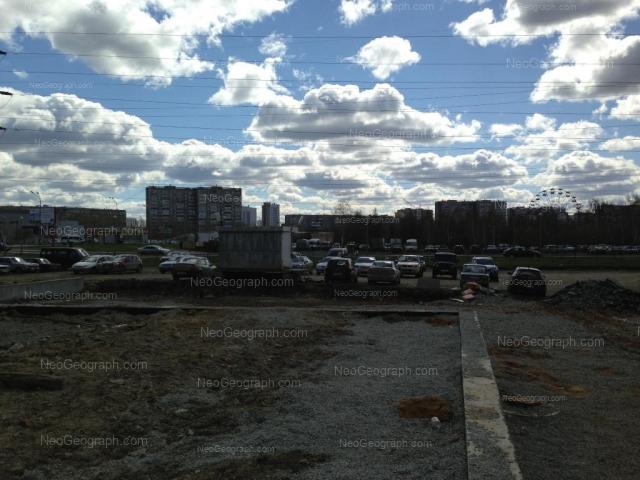 Адрес(а) на фотографии: улица Бебеля, 152, 154, Екатеринбург