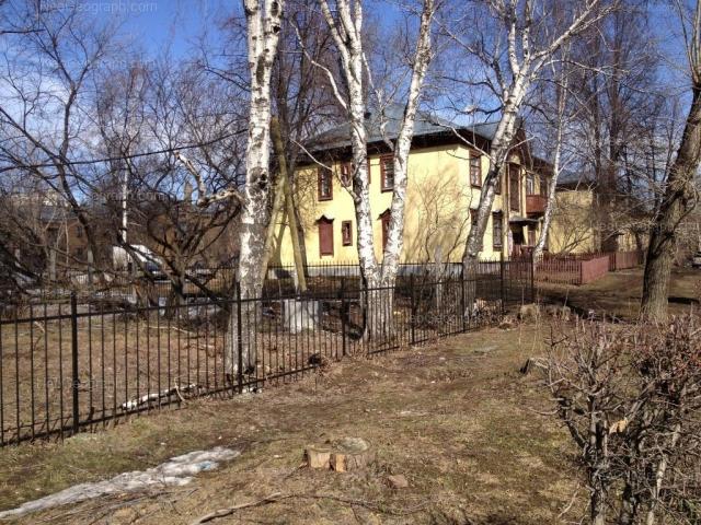 Адрес(а) на фотографии: улица Папанина, 28, 32, Екатеринбург