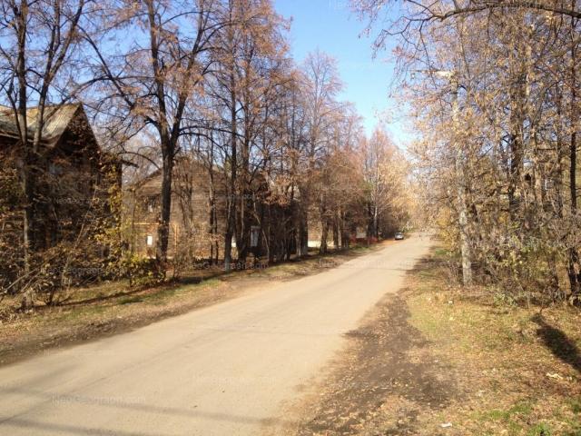 Address(es) on photo: Zaporozhskiy lane, 1, 3, 7, Yekaterinburg