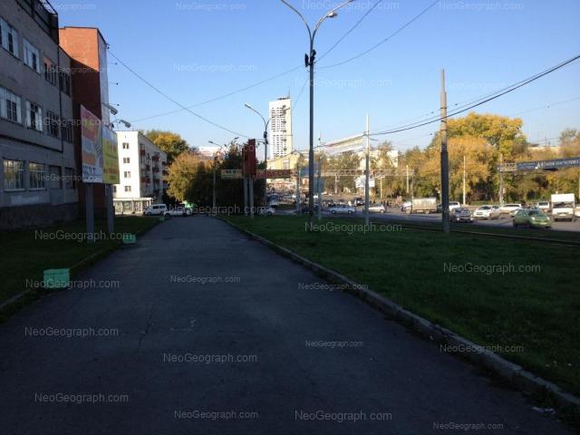 Адрес(а) на фотографии: улица Челюскинцев, 33, 33А, 110, 112, Екатеринбург