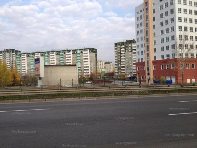 Address(es) on photo: Krestinskogo street, 49 к1, 50, 51, Yekaterinburg