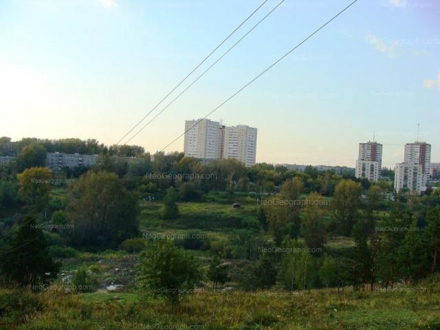 Адрес(а) на фотографии: Походная улица, 66, 68, Екатеринбург