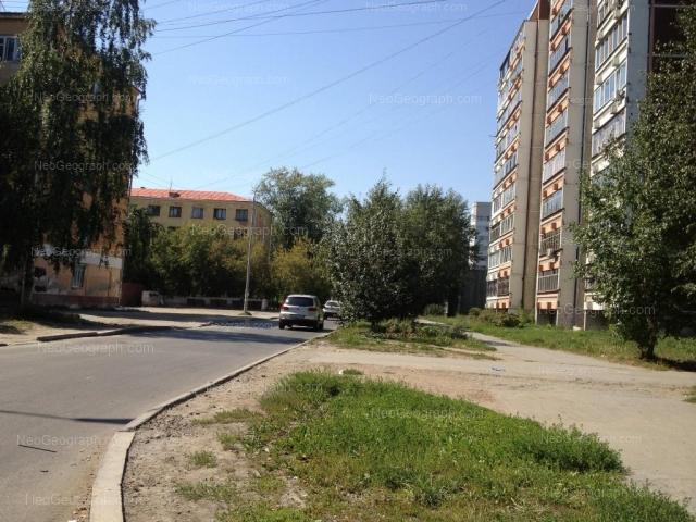 Адрес(а) на фотографии: улица Фонвизина, 5, 8, Екатеринбург
