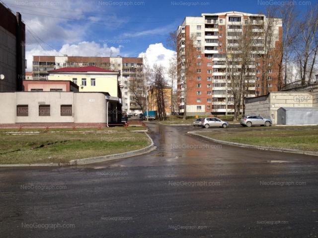 Адрес(а) на фотографии: улица Крупской, 4, 6, Екатеринбург