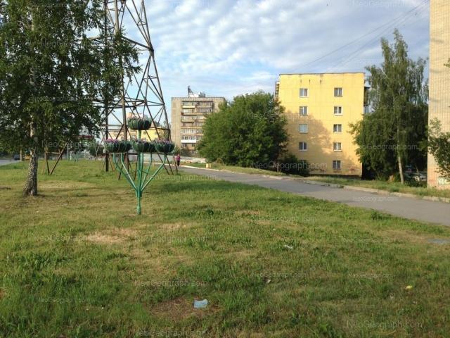 Адрес(а) на фотографии: проспект Космонавтов, 29А, 31, Екатеринбург