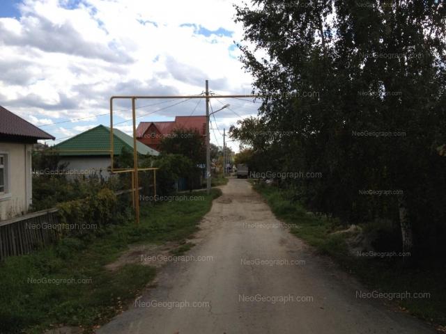 Адрес(а) на фотографии: Илимская улица, 66, 72, Екатеринбург