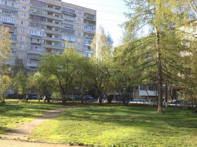Адрес(а) на фотографии: улица Академика Бардина, 40/1, 42, Екатеринбург