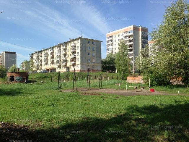 Адрес(а) на фотографии: Бисертская улица, 16 к2, 22, 26, 28, Екатеринбург