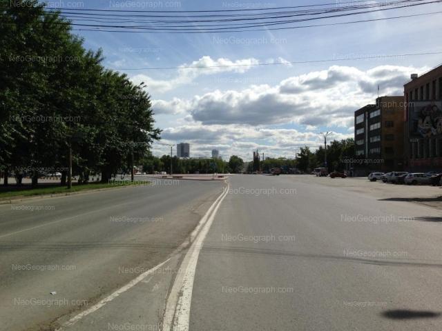 Адрес(а) на фотографии: улица Машиностроителей, 19, 19а, Екатеринбург