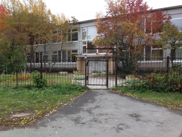На фото видно здание с адресом улица Заводская, 44А, Екатеринбург -  детский сад 36