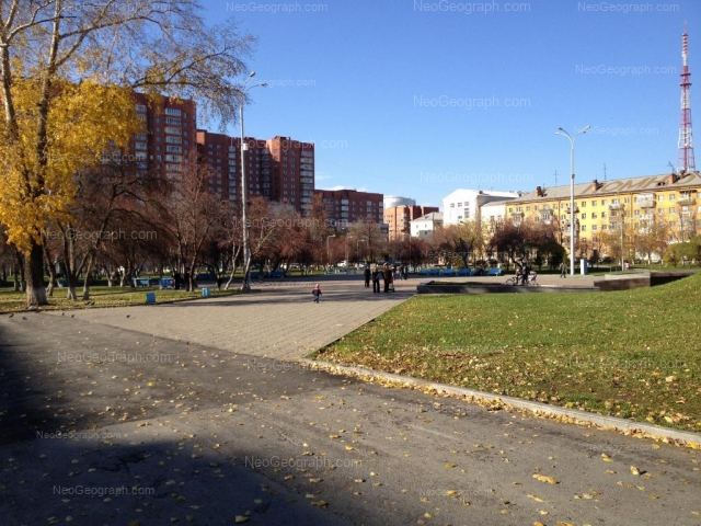 Address(es) on photo: Tveritina street, 34, 34 с6, Yekaterinburg