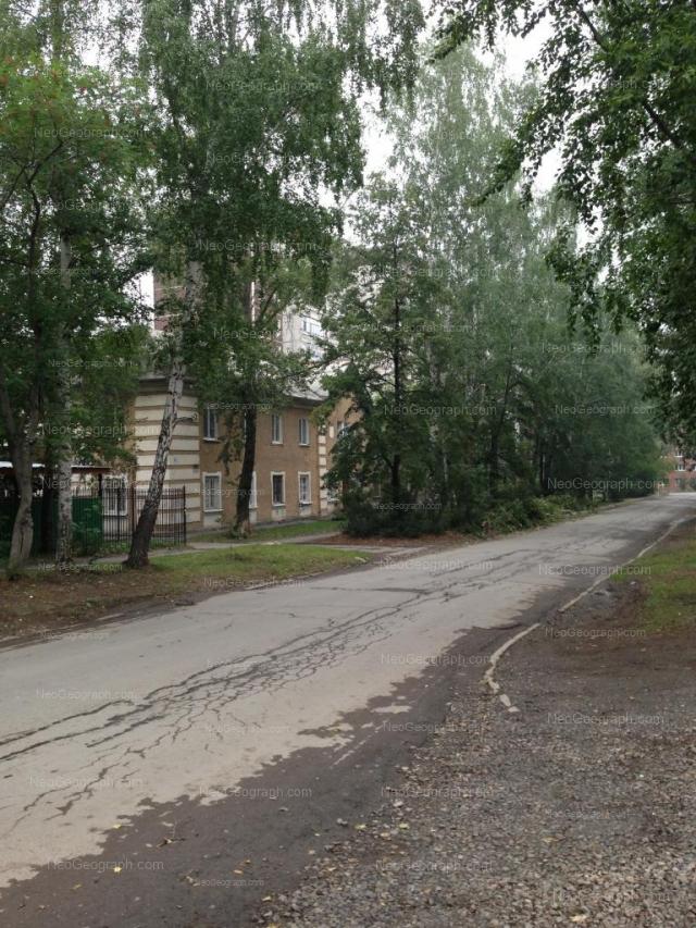 Адрес(а) на фотографии: улица Энтузиастов, 61, Екатеринбург