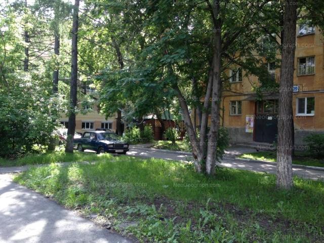 Адрес(а) на фотографии: улица Машиностроителей, 37, 39, Екатеринбург