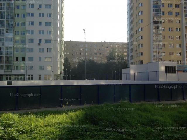 Адрес(а) на фотографии: улица Электриков, 22, 24, 26, Екатеринбург