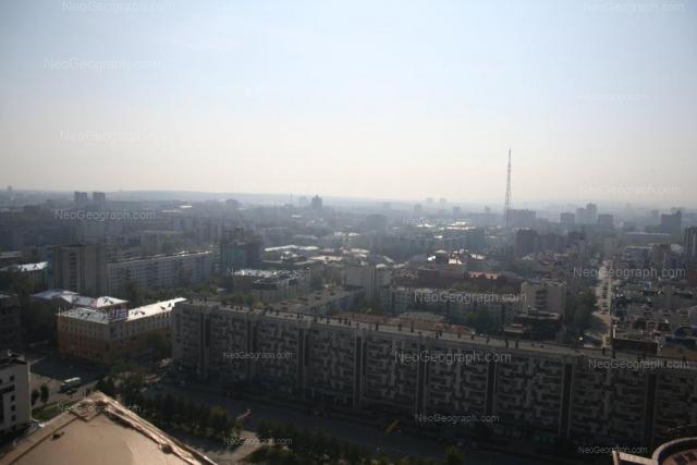 Адрес(а) на фотографии: улица Малышева, 84, 90, 92, Екатеринбург