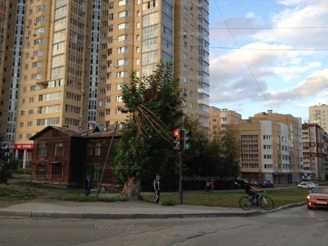 Адрес(а) на фотографии: Авиационная улица, 44, 48, Екатеринбург