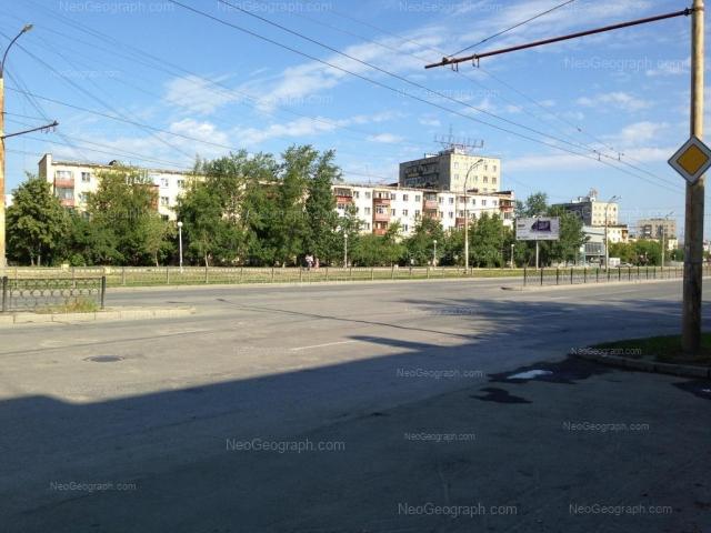 Адрес(а) на фотографии: проспект Космонавтов, 27, Екатеринбург