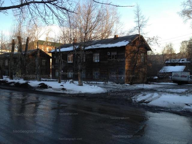 Адрес(а) на фотографии: Омская улица, 91, 93, Екатеринбург