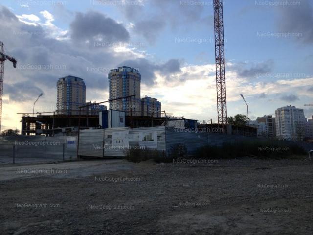 Адрес(а) на фотографии: улица Циолковского, 27, 30, Екатеринбург