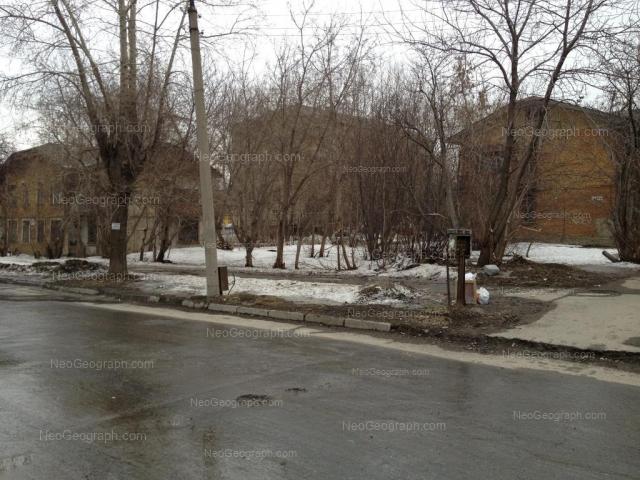 Адрес(а) на фотографии: улица Бабушкина, 30А, 32, Екатеринбург
