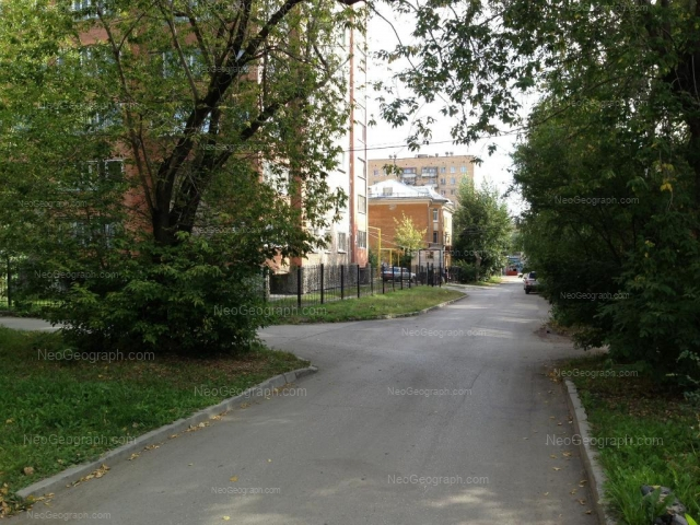 Адрес(а) на фотографии: Таллинский переулок, 4, 6, Екатеринбург