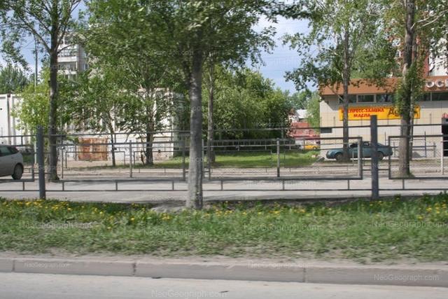 Адрес(а) на фотографии: улица Ткачей, 14, 14а, Екатеринбург