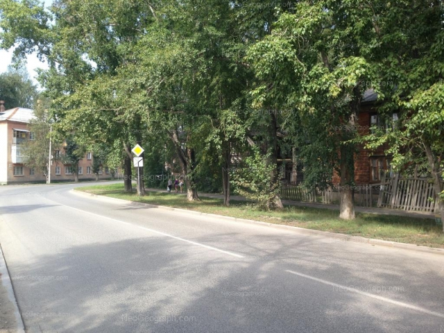 Адрес(а) на фотографии: улица Патриса Лумумбы, 58, 93, Екатеринбург