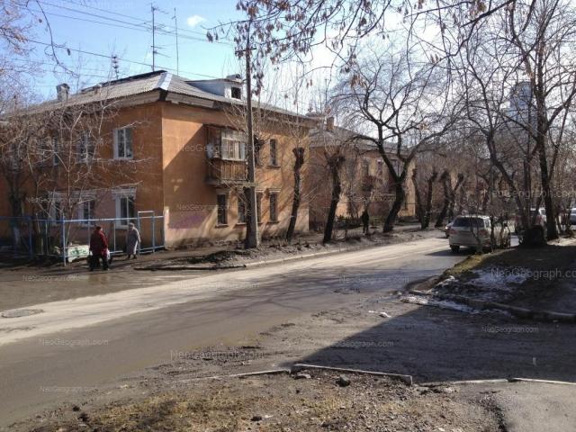 Адрес(а) на фотографии: улица Папанина, 21, 23, 25, Екатеринбург