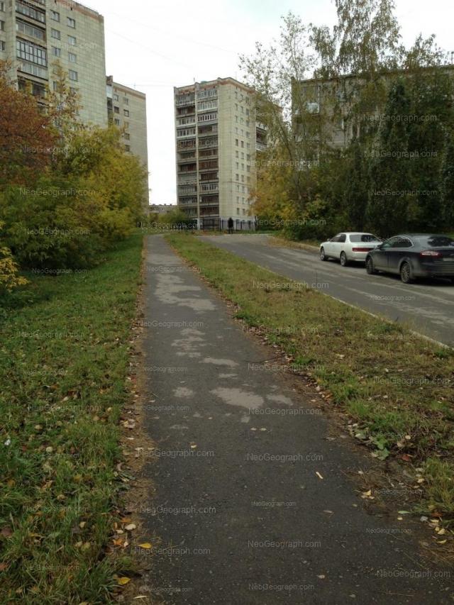 Адрес(а) на фотографии: улица Токарей, 60 к3, 64, Екатеринбург