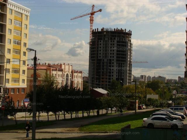Адрес(а) на фотографии: улица Шейнкмана, 111, 113, 113а, 119, Екатеринбург