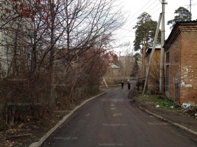 Адрес(а) на фотографии: Ленинградская улица, 32, Екатеринбург