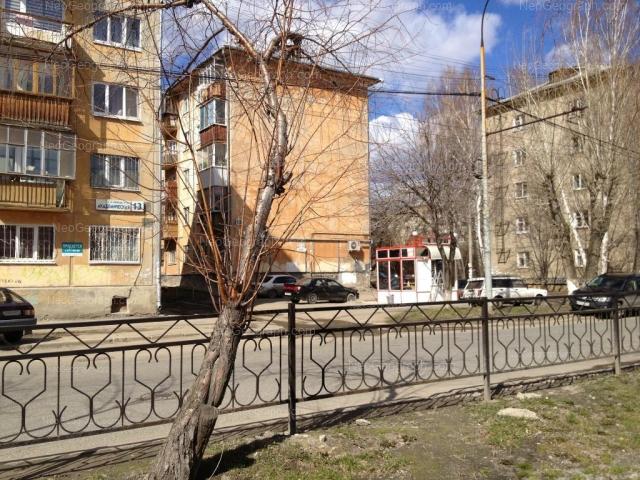 Адрес(а) на фотографии: Академическая улица, 13, 15, 17, 19, Екатеринбург