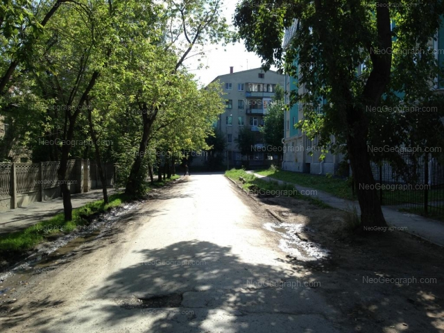 Адрес(а) на фотографии: Коллективный переулок, 5, 6, Екатеринбург