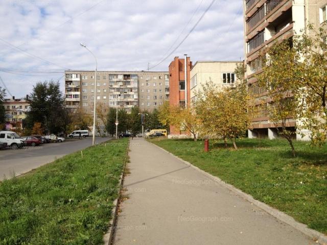 Адрес(а) на фотографии: улица Щорса, 54, 56, Екатеринбург