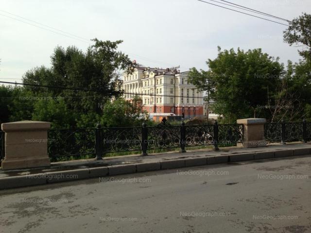 Адрес(а) на фотографии: улица Чапаева, 3а, Екатеринбург