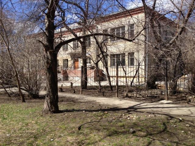 Адрес(а) на фотографии: Комсомольская улица, 10А, Екатеринбург