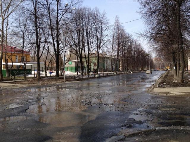 Адрес(а) на фотографии: улица Корепина, 3, Екатеринбург