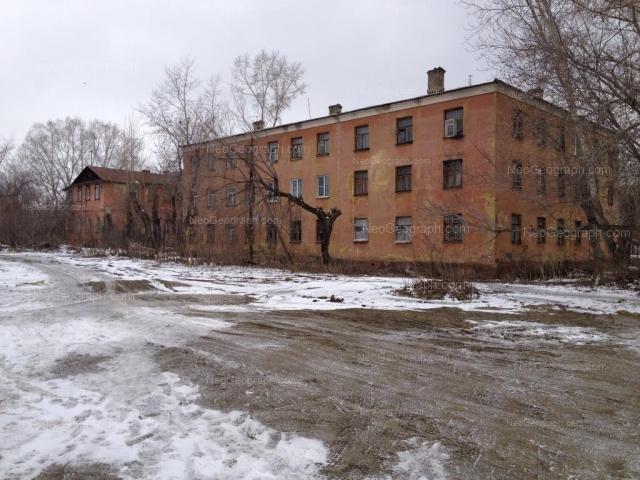 Адрес(а) на фотографии: улица Полежаевой, 43а, 43б, Екатеринбург