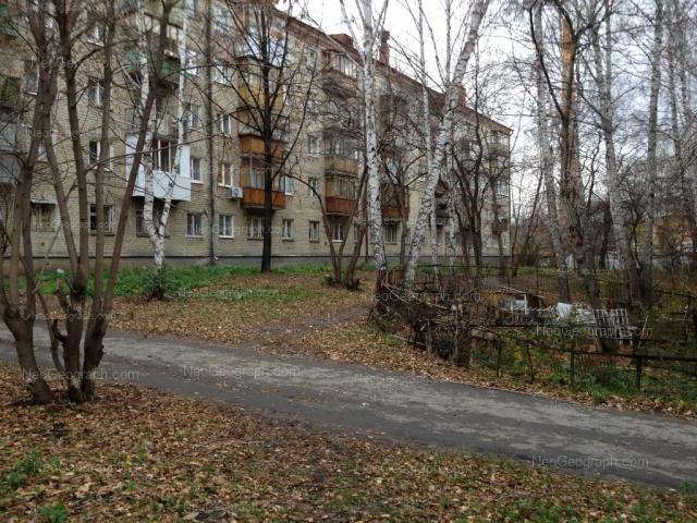 Адрес(а) на фотографии: улица Отто Шмидта, 70, Екатеринбург