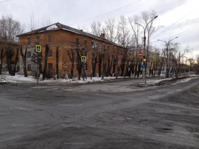 Адрес(а) на фотографии: Соликамская улица, 6, 8, Екатеринбург